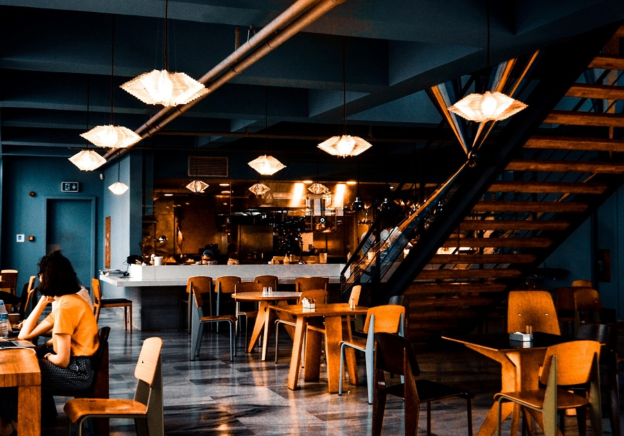 Restauranteurs: 4 Smart Light Techniques You Need to Implement